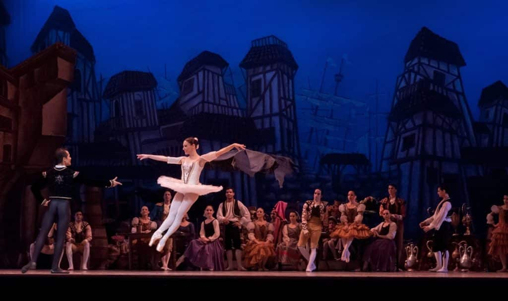 cast extra expense insurance for ballet performers